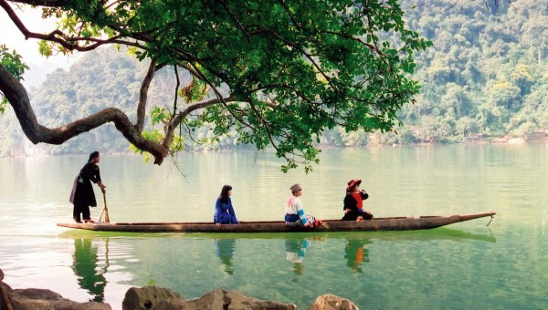 Ba Be Lake (Bac Kan)