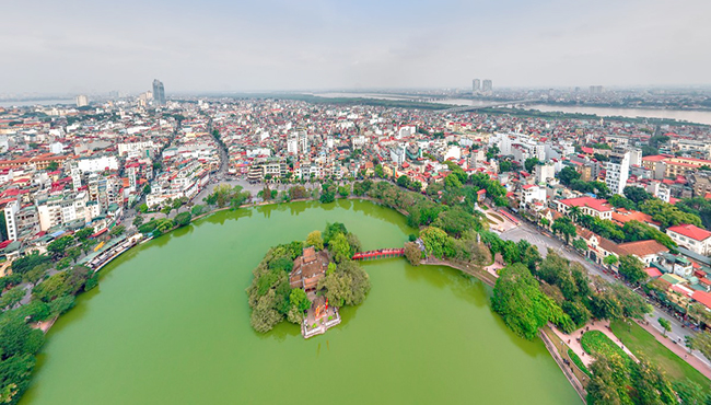 Hoan Kiem Lake Overview, Sword Lake, Ngoc Son Temple, The Huc Bridge, Ba Kieu temple